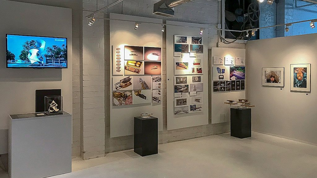 graphis poster exhibition post hp neenah paper atlanta AIGA miami ad school portfolio center spare time gallery two